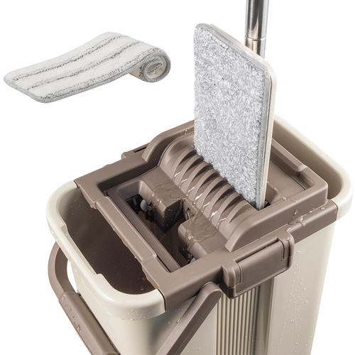 Self-Wash and Squeeze Dry Flat Mop & Bucket Kit - CleanWise™